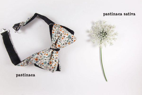 Papillon da annodare sartoriale Pastinaca – cotone Tana Lawn Liberty London floreale arancio, verde, rosa, bianco e lana Australian Ermenegildo Zegna principe di Galles grigio e arancio