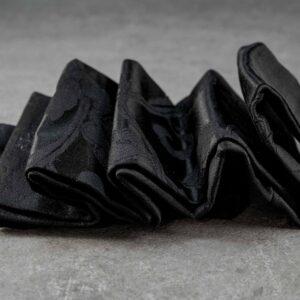 esclusiva fascia da smoking in seta giapponese pezzo unico di lusso sartoriale realizzato a mano in Italia