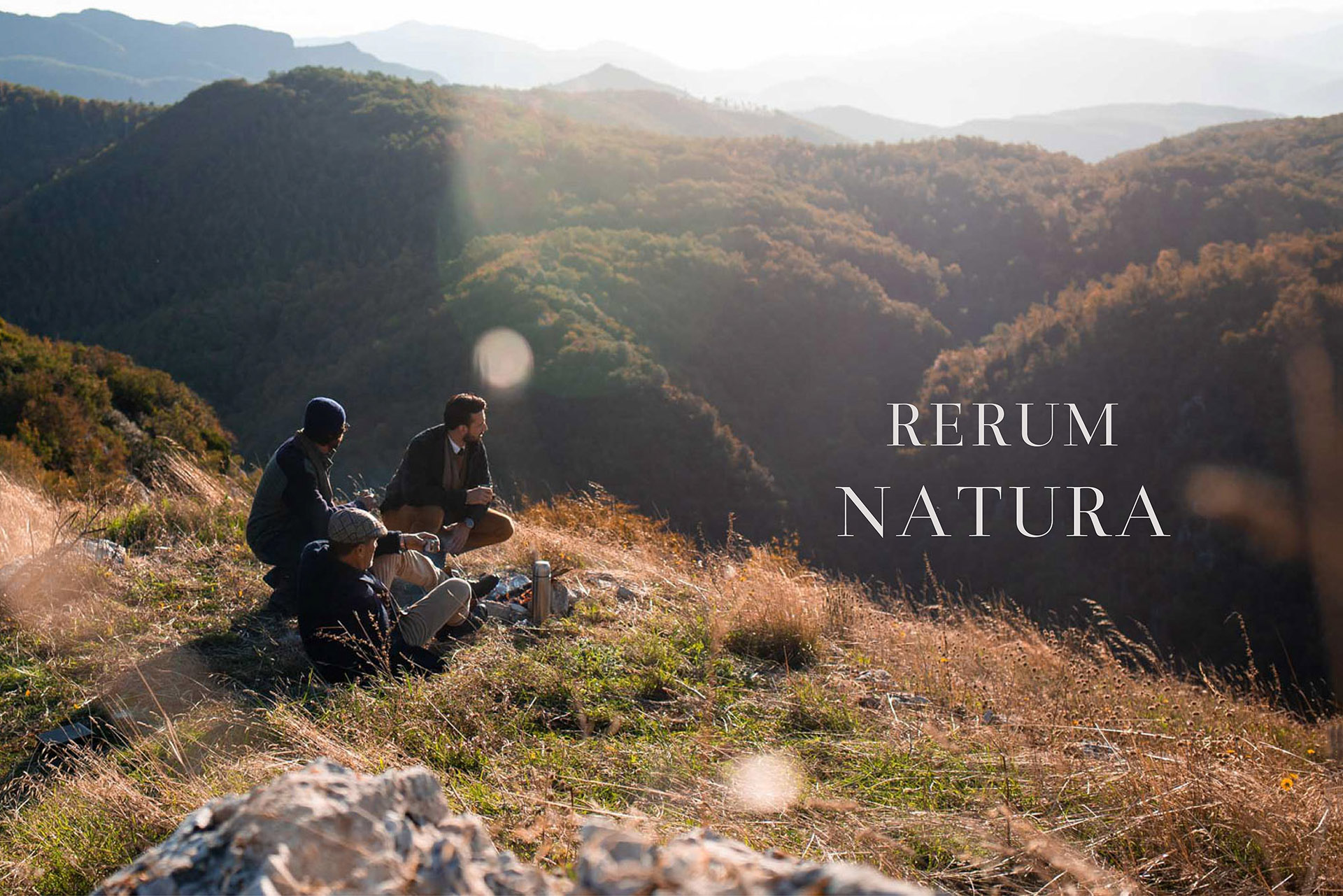 An encounter between generations in the green Umbria through nature in the sign of elegance and beauty