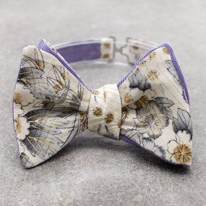 Papillon da uomo sartoriale da annodare - Seta giapponese ricavata da un kimono vintage floreale - Farfallino da cerimonia 100% Made in Italy e cashmere