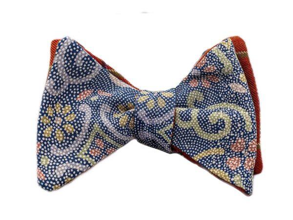 Papillon da uomo sartoriale da annodare - Seta giapponese ricavata da un kimono vintage floreale e pois blu ruggine verde senape grigio - Farfallino da cerimonia Made in Italy